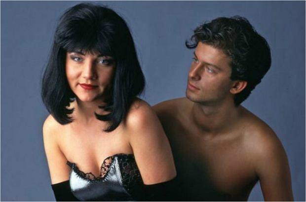 Shaza 29 maja skończyła 50 lat. Jako seksowna i nieco tajemnicza gwiazda disco polo karierę zaczynała 25 lat temu. Właśnie będzie świętowała ćwierć wieku pracy na scenie. Jak wygląda teraz? Wprost trudno uwierzyć, ale Shazza prawie się nie zmienia! Sami się przekonajcie.