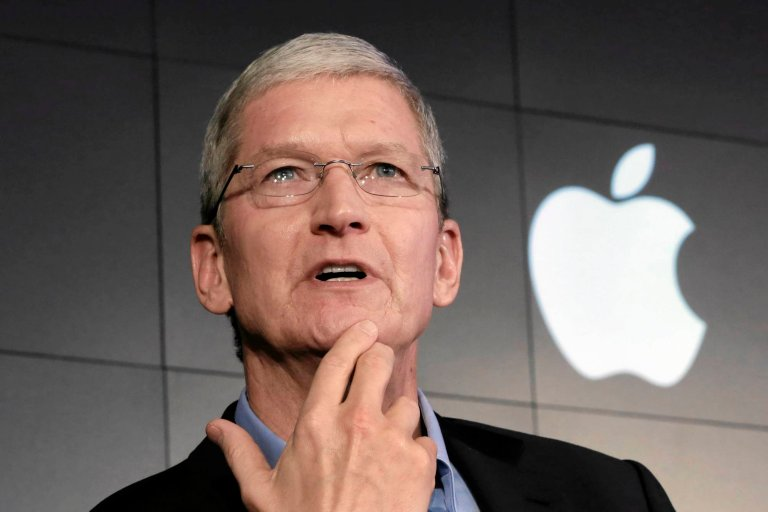 Szef Apple'a Tim Cook.