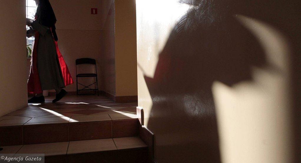 Młode kobiety, które idą do zakonu, nie wiedzą, jak wygląda życie w nim (fot. Piotr Skórnicki / Agencja Gazeta / zdjęcie ilustracyjne)