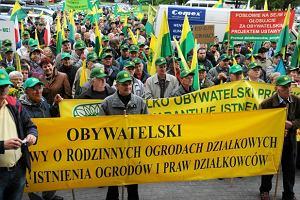 Dzia�kowcy szykuj� wielk� demonstracj� w Warszawie