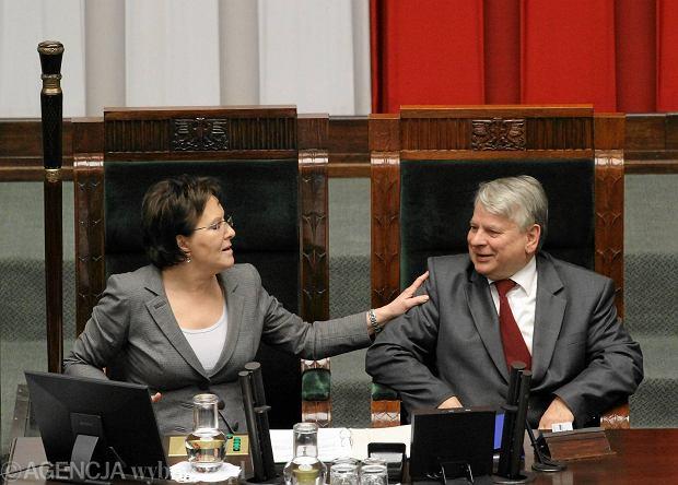 Borusewicz: Używanie 13 grudnia do bieżącej polityki jest niedopuszczalne