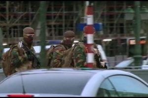 Najwy�szy stopie� zagro�enia terrorystycznego w Belgii. W Brukseli nie kursuje metro, odwo�ano mecze