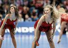 Nie obraża mnie widok cheerleaderki w kusej spódniczce, ale chamski żart z gwałtu już tak