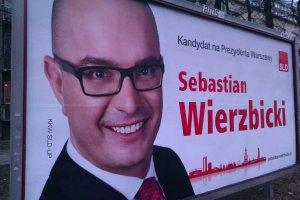 Billboardy kandydata SLD na osiem miesięcy przed wyborami
