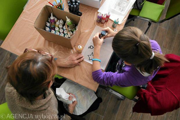 Program zakłada przekazywanie 500 zł na każde drugie i kolejne dziecko w rodzinie