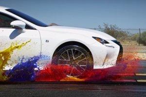 Lexus RC F | Reklama, trzy kolory, sztuka nowoczesna