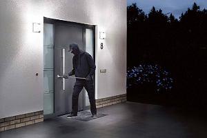 Jak zabezpieczyć dom przed włamaniem i nie tylko, żeby nie martwić się na wakacjach?