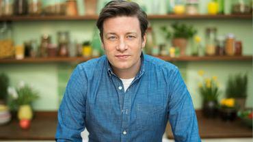 """""""W szkole nie szło mi zbyt dobrze, ale potrafiłem zrobić tradycyjną pieczeń z dodatkami"""" - Jamie Oliver o swojej nowej książce i nie tylko [WYWIAD]"""
