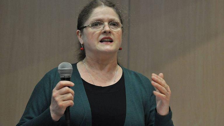 Prof. Krystyna Pawłowicz na spotkaniu w Auli Uniwersytetu Opolskiego