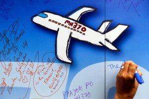 Znaleziono dwa dalsze fragmenty zaginionego samolotu Malaysia Airlines