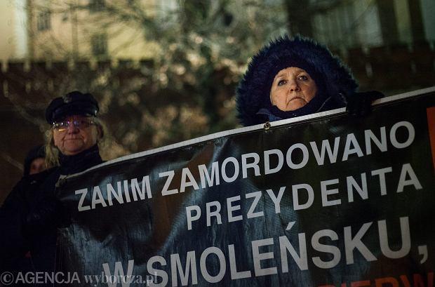 Obchody 81 miesięcznicy katastrofy smoleńskiej w Krakowie