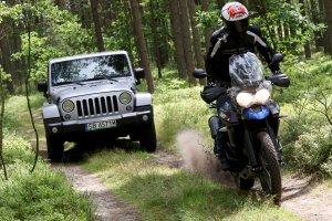 Jeep Wrangler vs. Triumph Tiger | Konfrontacja | Le�ne szale�stwo
