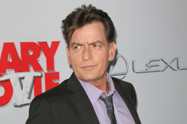 704/11/2013 - Charlie Sheen - Scary Movie V