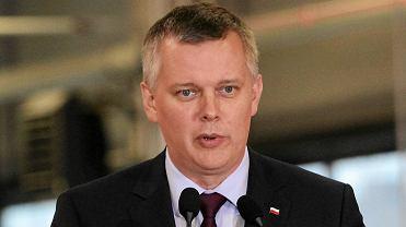 W kwietniu Rosja otwarcie zaatakuje Ukrain�? Siemoniak: S� o tym bardzo silne pog�oski