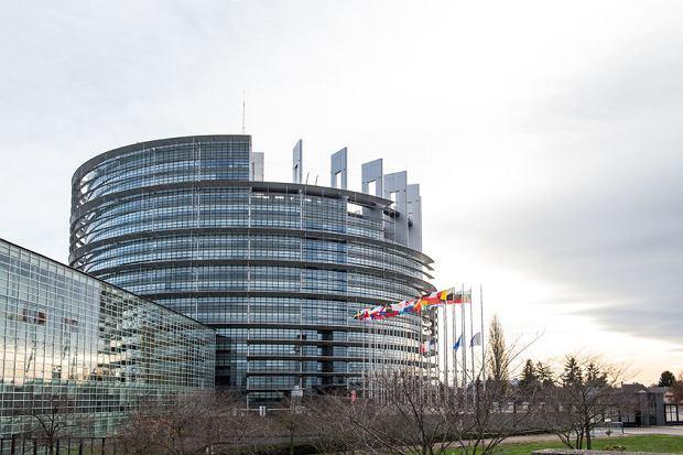 Dokument prawdopodobnie zostanie przegłosowany w środę 14 września na sesji europarlamentu w Strasburgu