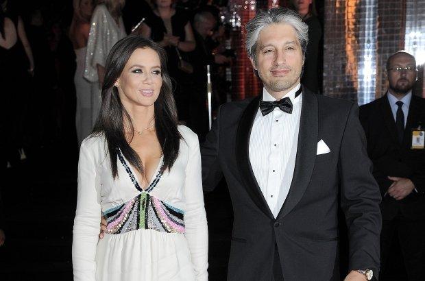 Kinga Rusin i przystojny prawnik zamierzają się wkrótce pobrać? Są razem już od prawie sześciu lat.