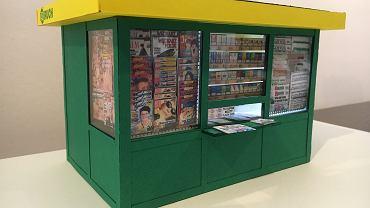 Model kiosku z prasą, papierosami i biletami KZK GOP