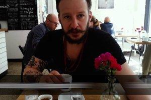 Gdzie wypijesz najlepszą kawę w Warszawie? Sprawdzamy stołeczne kawiarnie z Mateuszem Kubikiem [RANKING]