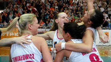 Dzięki zwycięstwu z Energą Toruń, koszykarki Artego zdobyły brązowy medal mistrzostw Polski