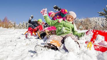 Ferie zimowe 2018/2019 są tuż-tuż. Zanim się obejrzymy uczniowie będą mieć dwa tygodnie wolnego. Kiedy wypadają ferie zimowe w tym roku szkolnym? Jak wygląda kalendarz ferii zimowych dla poszczególnych województw?