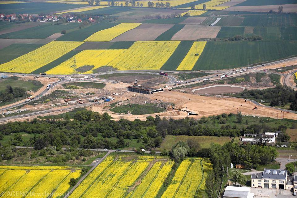 Budowa trasy S3 koło Legnicy, maj 2017 r.