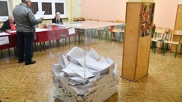 Wybory samorządowe 2018 w Radomiu. Głosowanie