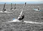 Zatoka Pucka - nie �yje surfer