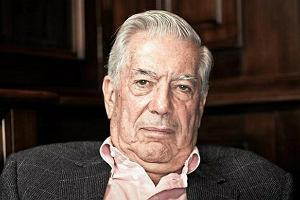 Mario Vargsa Llosa: Wolno�� i demokracja niszcz� inteligencj� [ROZMOWA]