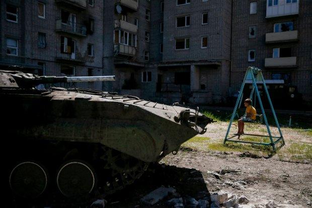 """Ukraina: Donbas coraz bardziej odci�ty od Ukrainy. """"W sklepach tylko najgorsze towary z Rosji. W trzykrotnie zawy�onej cenie"""""""