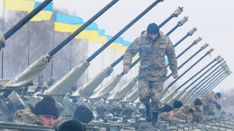 Wojsko ukraińskie podczas spotkania z prezydentem Poroszenką