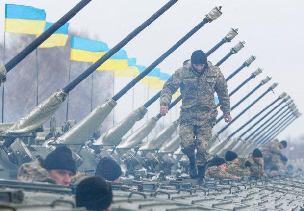 Wojsko ukrai�skie podczas spotkania z prezydentem Poroszenk�