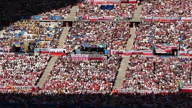 EURO 2016. Turniej przyniósł Francji ponad miliard euro zysku