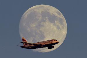 Samolot British Airways lądował awaryjnie. Pasażerowie wyczuli marihuanę