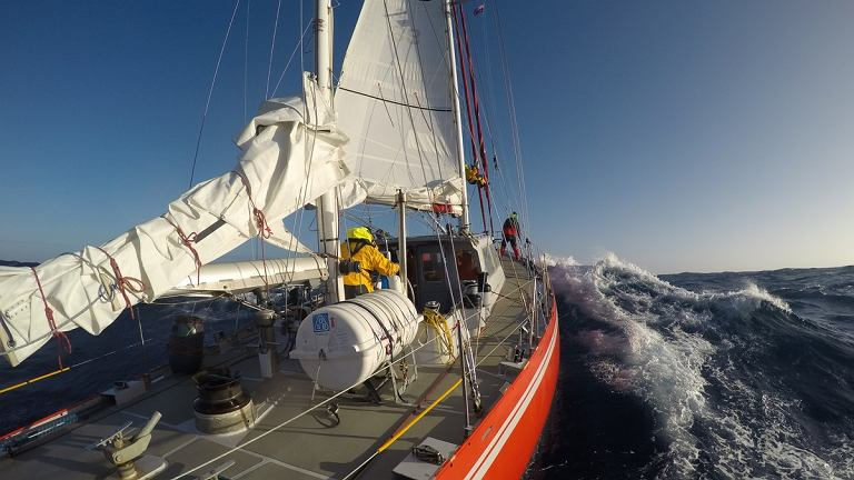 Selma Expeditions. Wielki Ocean Południowy - wymiana szotów kliwra