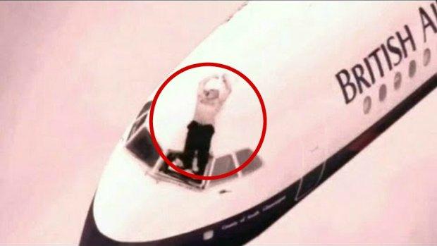 Pilot British Airways zosta� wyssany na zewn�trz samolotu