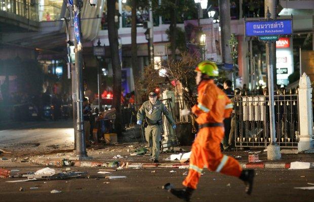 Policja aresztowa�a domniemanego zamachowca z Bangkoku. W jego mieszkaniu znaleziono �adunki wybuchowe
