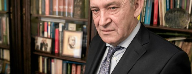 Są kandydaci PiS do Trybunału Konstytucyjnego: adwokat smoleński, prawnik SKOK-ów. Kto jeszcze?