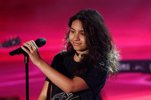 """Najnowsza bajka wyprodukowana przez Disneya już 23 listopada zagości w salach kinowych. W sieci pojawił się już pierwszy singiel promujący ścieżkę dźwiękową. Alessia Cara specjalnie na potrzeby filmu animowanego """" Vaiana: Skarb Oceanu (Moana)"""" zaśpiewała piosenkę o tytule """"How Far I'll Go""""."""