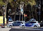 Barcelona: Furgonetka wjechała w tłum ludzi. Zamach terrorystyczny