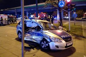 Wypadek radiowozu eskortującego kolumnę BOR. Przewoziła szefa NATO Jensa Stoltenberga
