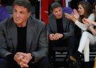 """Stallone zabiera je na mecz. One albo sms-uj�, albo przedrze�niaj� gwiazdora. Im wolno, to jego """"Rambolinas"""""""