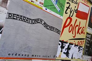 """Czytelnik o plakatach """"Reparationen machen frei"""": Gdyby widzieli to moi przyjaciele, którzy przeszli przez Oświęcim..."""