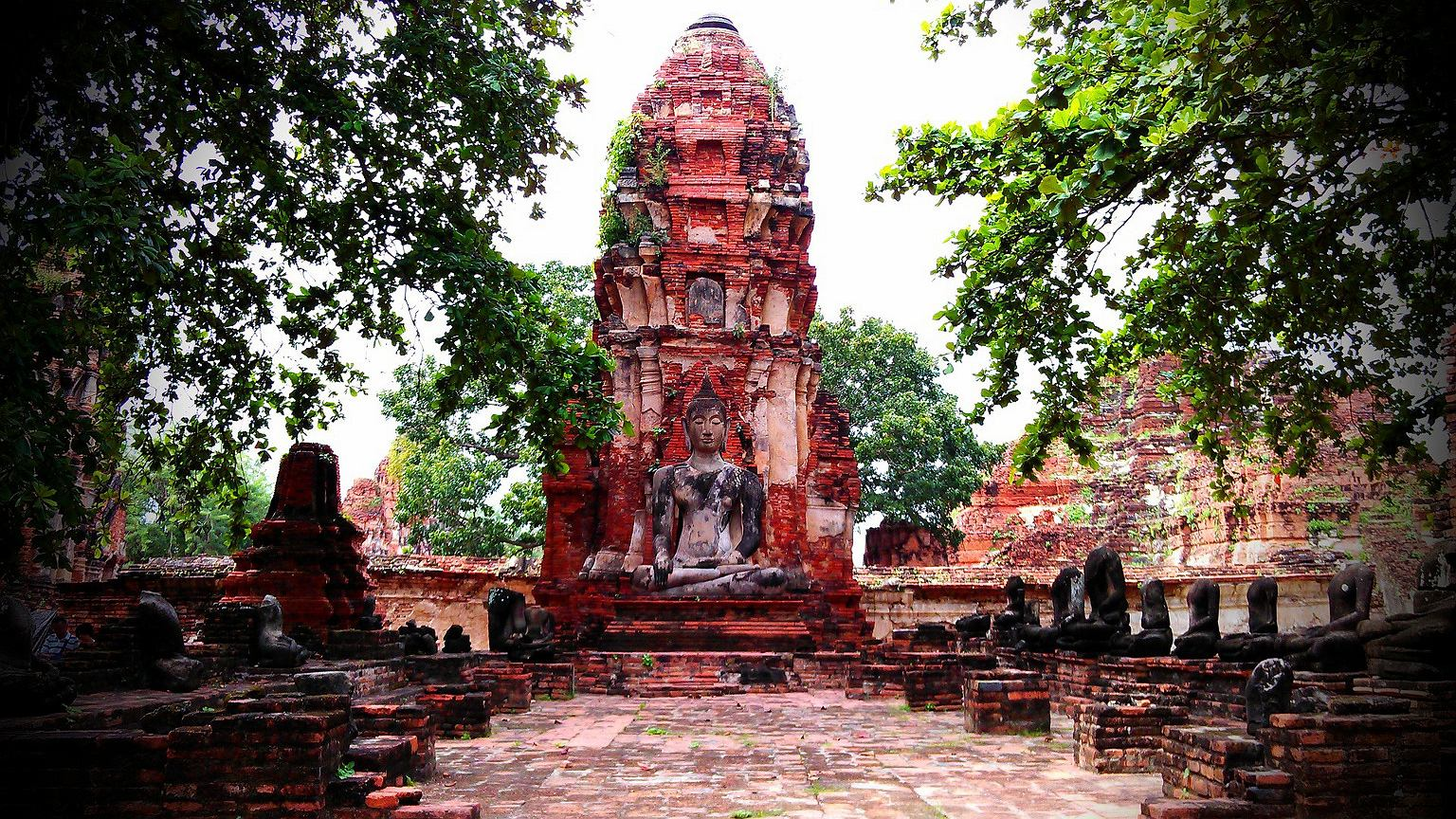 Świątynia Buddy w Ayutthaya