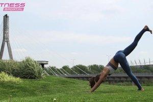 Joga z Zuzą. Brakuje ci energii o poranku? Te sekwencje jogi pomogą Ci się obudzić!