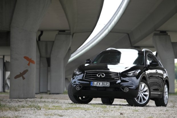 Infiniti FX 3.0d Black and White Edition | Test | Czarno na bia�ym