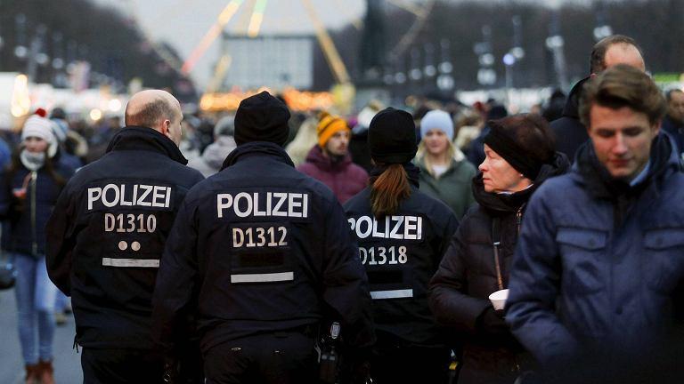 Niemiecka policja na ulicy