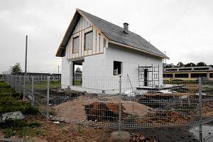 Coraz bli�ej likwidacji pozwole� na budow�