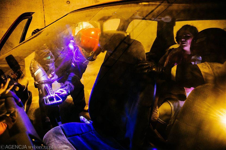 Zdjęcie numer 14 w galerii - Symulacja karambolu z kilkudziesięcioma rannymi. Duże ćwiczenia w tunelu pod Martwą Wisłą [ZDJĘCIA]