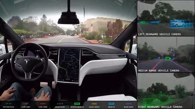 Samosterujący samochód Tesla