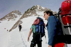 Historie telewizyjne. Narwa�cy id� na K2